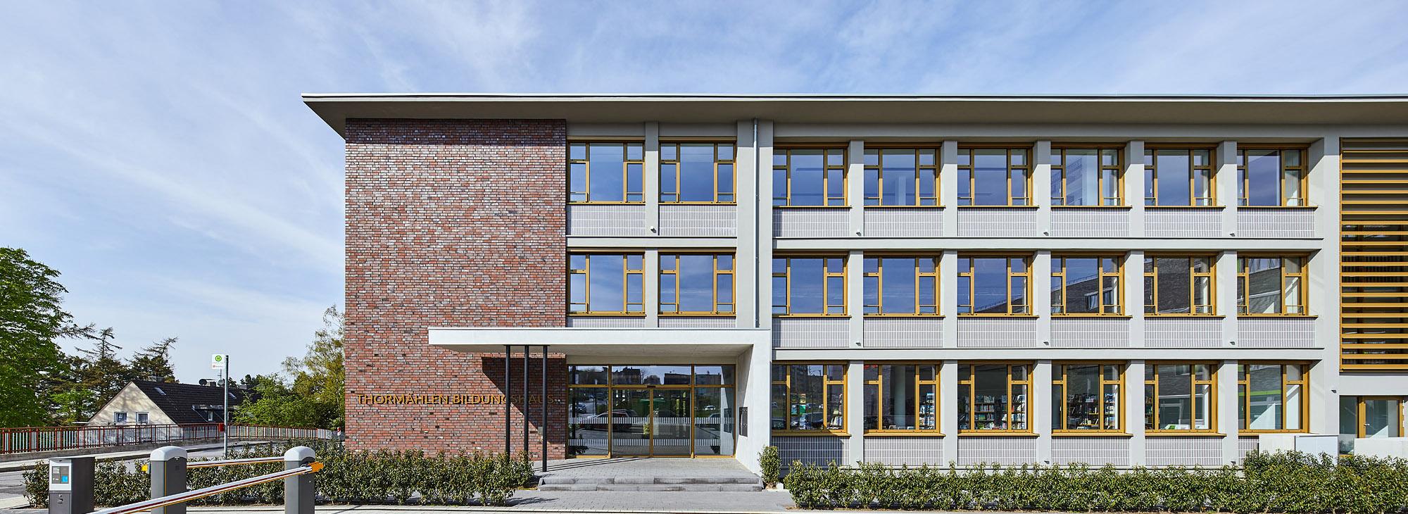 Thormählen Bildungshaus, Kettwiger Straße Heiligenhaus, Campus Uni, Büro, Architekturbüro Schönborn+Hölscher, Fassade,